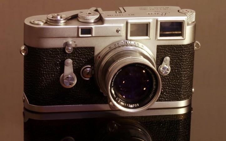 2. 莱卡m3照相机