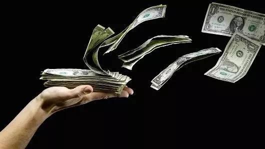 创业者融多少钱合适?事实是:无论你融多少钱,你都将会在12到24个月内花光
