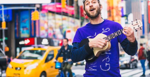 他的吉他,5分钟可以学会弹首歌,盈利3千多万,获小米投资,拿了3项国际设计大奖
