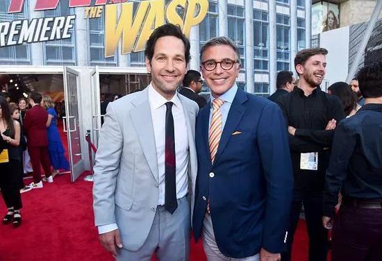 "▲ Ricky Strauss(右)和""蚁人""Paul Rudd(左)"
